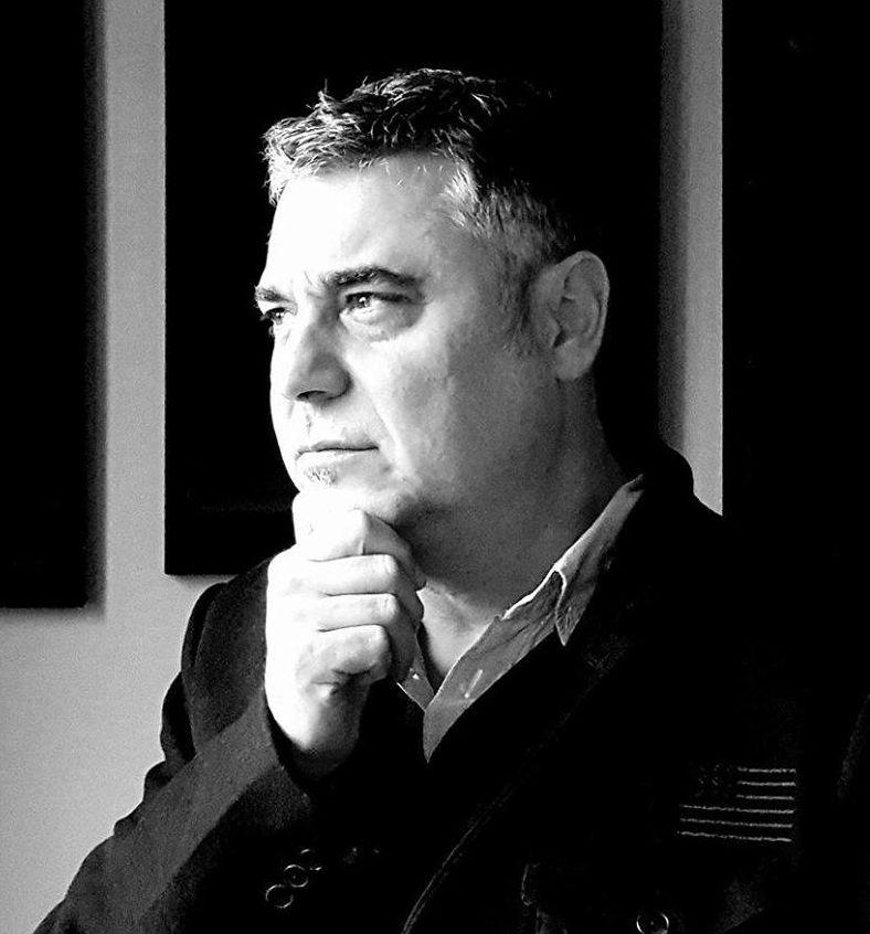 Алек Попов: Действието, хуморът и иронията стават все по-голяма рядкост в днешните писания