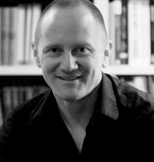 Крис Клийв за оцеляването и разединението, за света вчера и днес, за последната и очакваната му книга