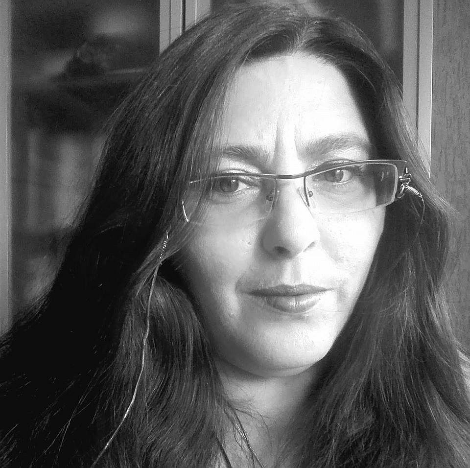 """Диана Юсколова: Притеснява ме тенденцията да се пише """"патриотично"""" и """"родолюбиво"""""""