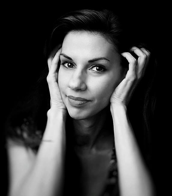 Димана Йорданова: Толкова е лесно да бъдеш видян и издаден, че вече не е интересно или пък комплимент