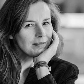 Естер Херитсен: Винаги ме изненадва, когато читателите са ядосани или раздразнени от героите ми