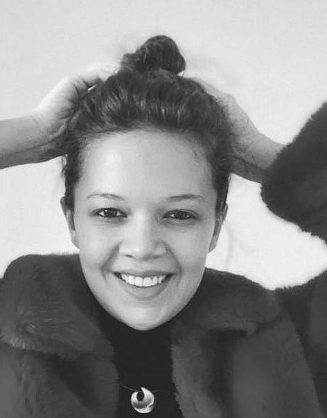 Лили Йовнова: Липсва ми всяка версия на момичето, което съм оставяла на някое летище